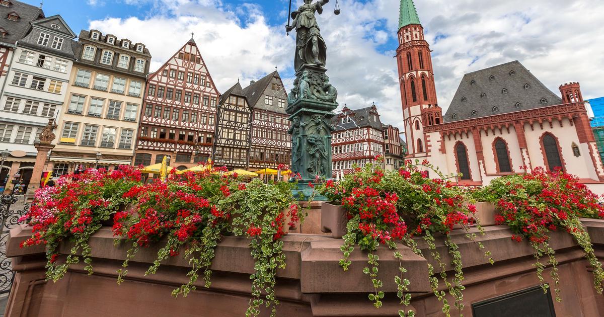 Self Drive Car Rentals In Frankfurt Am Main From 1 496 Day