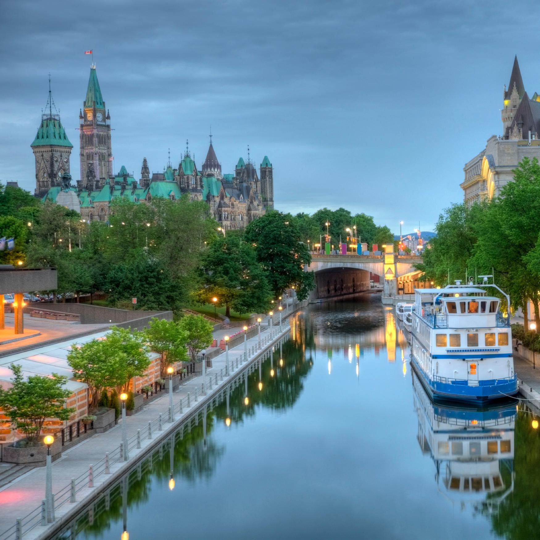 Hotels in Ontario - Search for hotels on KAYAK