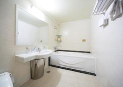 Manhattan - Seoul - Bathroom