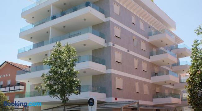 Residence Millecento - Cesenatico - Building