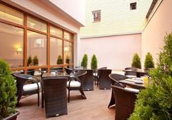 Best Western Plus Bristol Hotel - Sofia - Restaurant