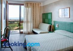 Hotel Castello S. Antonio - Lazise - Bedroom