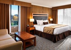 Best Western Plus Inner Harbour - Victoria - Bedroom