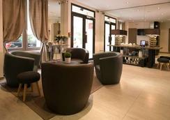 Alexandrine Opera - Paris - Lobby