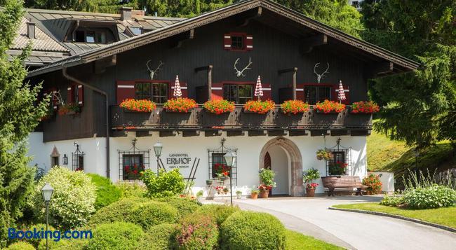 Der Erlhof Restaurant & Landhotel - Zell am See - Building