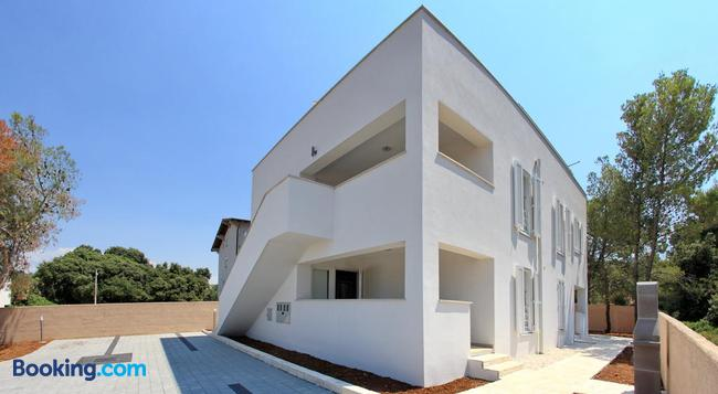 Holiday Home Vila Moli - Bibinje - Building