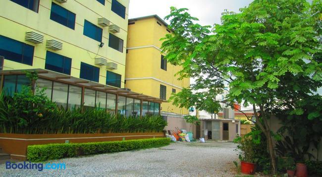 Hotel Garzota Inn - Guayaquil - Building