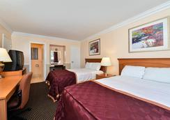 Americas Best Value Inn - Oakland / Lake Merritt - Oakland - Bedroom