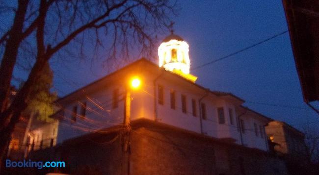Fotiadis Hotel Rooms & Studios - Veliko Tărnovo - Building
