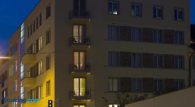 Hotel Astoria - Olten - Building