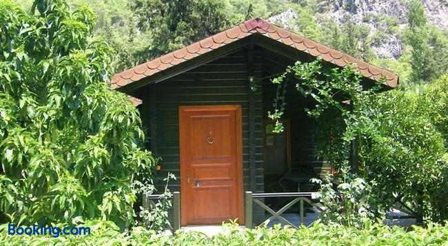 Portalimo Lodge Hotel - Cirali - Building