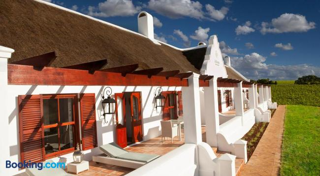Aaldering Vineyards, Winefarm & Luxury Lodges - Stellenbosch - Building