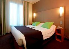 Campanile Paris 14 - Maine Montparnasse - Paris - Bedroom