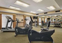 Baymont Inn & Suites Columbia Northwest - Columbia - Gym