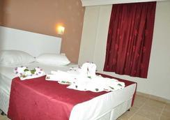 Almila Side Suite Hotel - Side - Bedroom