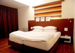 Hotel Royal Park - Mumbai - Bedroom