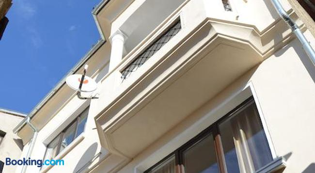 Lion Guest House - Veliko Tărnovo - Building
