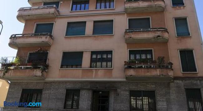 Casa Titta Bed & Breakfast - Milan - Building
