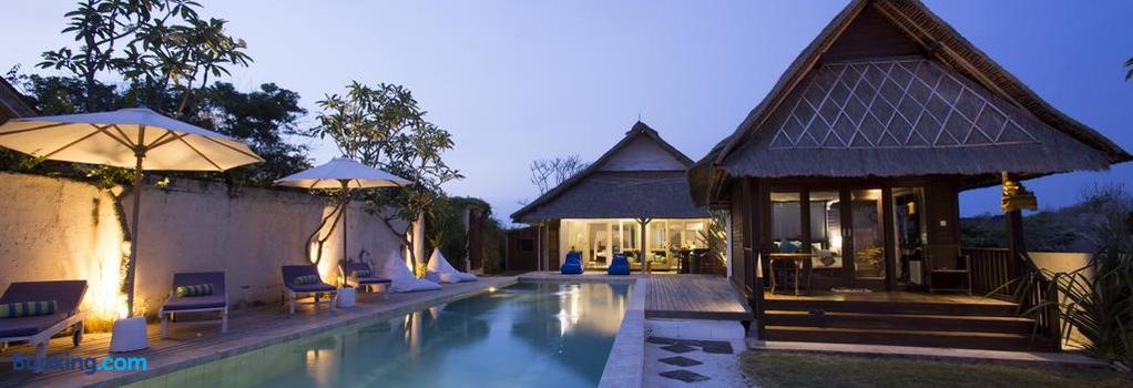 Villa Waru - Nusa Penida - Building