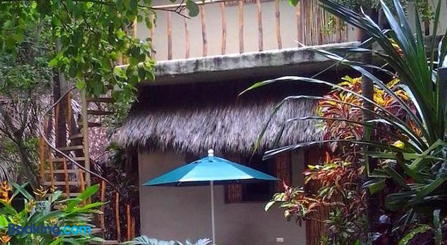 Bungalows Junto al Rio - Sayulita - Building