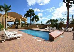 Best Western Casa Villa Suites - Harlingen - Pool
