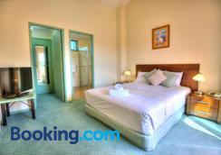 Merimbula Holiday Properties - Merimbula - Bedroom