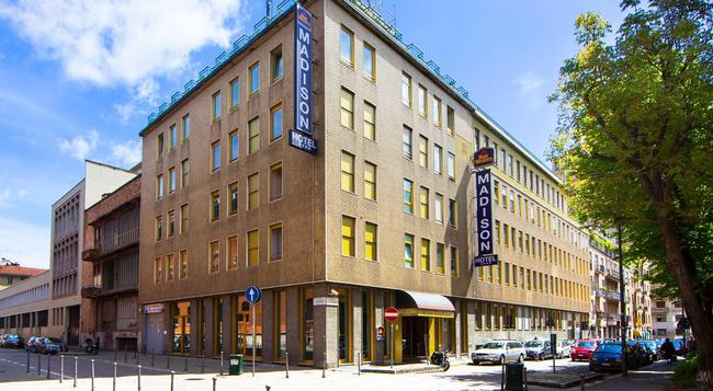 Best Western Hotel Madison - Milan - Building