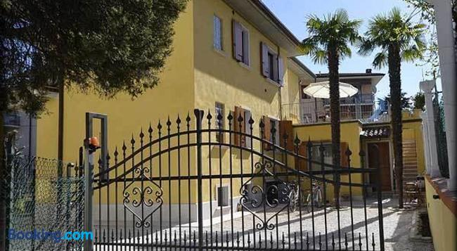 Relais Sweet Days - Peschiera del Garda - Building