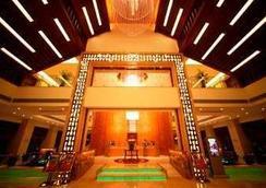 Ramada Plaza Yangzhou Casa - Yangzhou - Lobby