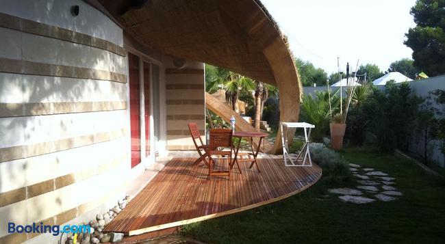 Relax - Vieste - Building