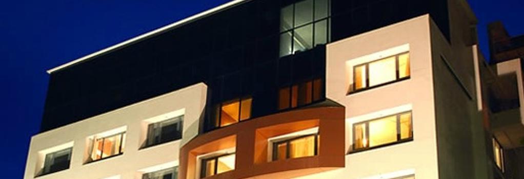 Hotel Eefa - Belgaum - Building