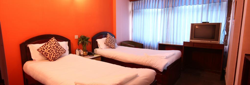 Hotel Lily Kathmandu - Kathmandu - Bedroom