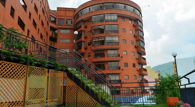 Casa Morales Hotel Internacional y Centro de Convenciones - Ibague - Building