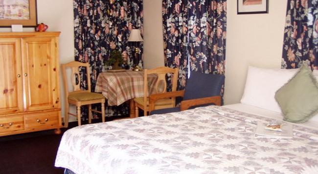 The Mallard House Inn - Lakeport - Bedroom