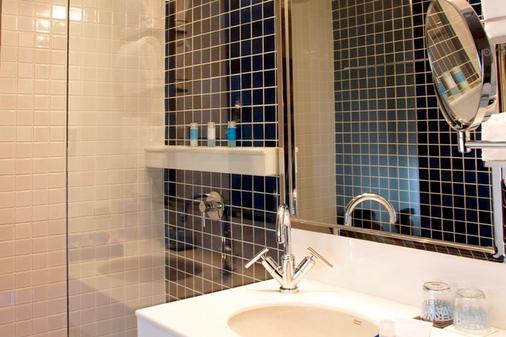 Dream Hotel Bangkok - Bangkok - Bathroom