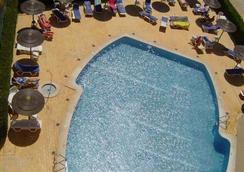 Apartamentos Presidente - Portimão - Pool
