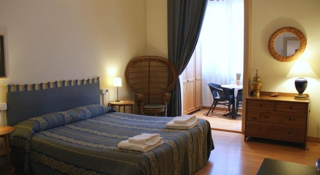Fashion House - Barcelona - Bedroom