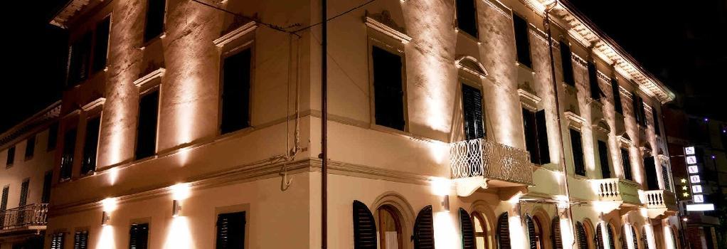 Hotel Savoia & Campana - Montecatini Terme - Building