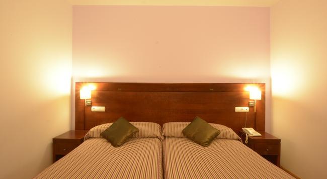 Hotel Campos de Castilla - Soria - Bedroom