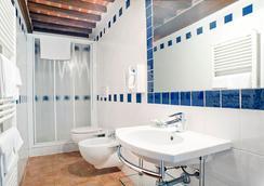 Podere Gli Olmi - Cecina - Bathroom