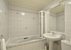 Alexandra Hotel - London - Bathroom