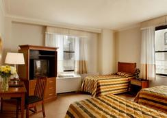 Hotel Pennsylvania - New York - Bedroom