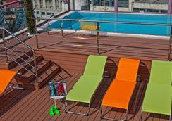 Novus City Hotel - Athens - Pool