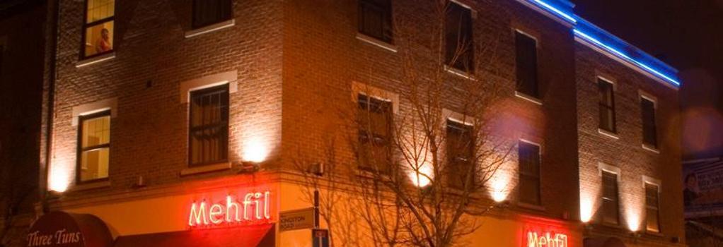 Mehfil Hotel Heathrow - Southall - Building