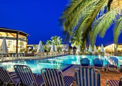 Poseidon Palace - Leptokarya - Pool