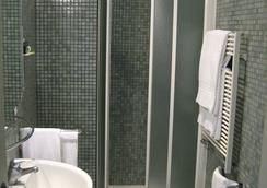 Hotel Lilium - Rome - Bathroom