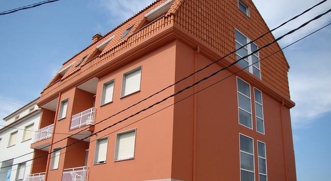 Hostal San Roque - Portonovo - Building