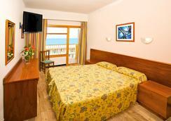 Paradise Beach Music Hotel - El Arenal - Bedroom