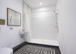 Cami Gallery Barcelona - Barcelona - Bathroom