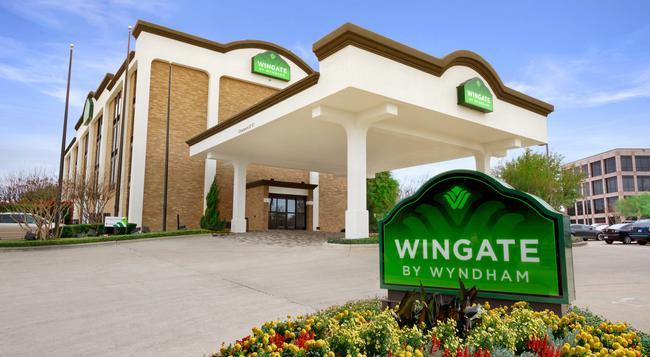 Wingate by Wyndham Richardson/Dallas - Richardson - Building